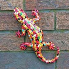 decorative flower design lizard ornament in resin can be wall