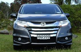 odyssey car reviews and news at carreview honda odyssey l 2015 new car review trade me