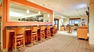 Comfort Suites Seattle Airport Doubletree Suites Seattle Airport Southcenter Amenities