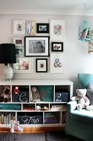 29 best creatieve ideeen voor je foto afdrukken images on chalkboard storage boxes inspired by this cozy black white and mixed prints home interior design the hunted interior via inspiredbythis