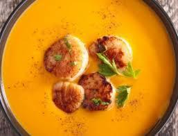cuisiner des noix de st jacques soupe carottes lait de coco et noix de jacques recette télépro