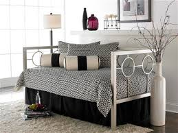 Daybed Bedding Ideas Modern Daybed Cover Marvelous Modern Daybed Bedding 24 On Home