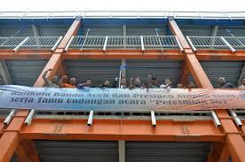 titan gel banda aceh www klinikobatindonesia com agen resmi