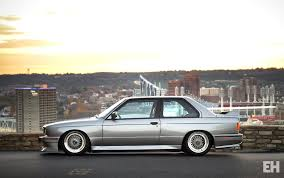 bmw e30 slammed ridiculously clean e30 stancenation form u003e function
