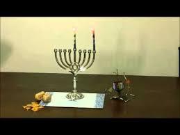 menorah candle how to light a hanukkah menorah