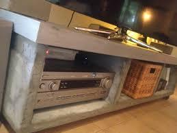 transformer un meuble ancien ancien meuble tv ikea fabriquer des étagères style industriel à