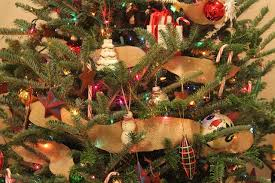 How To Decorate A Christmas Tree With Ribbon Garland Oh Christmas Tree Oh Christmas Tree