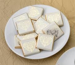 chocolat personnalisã mariage carrés chocolat emballés invités coeur doré boites de chocolat