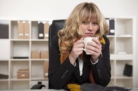 femme de bureau pourquoi les femmes ont plus froid que les hommes au bureau