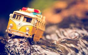 Volkswagen Bus Toy 6954941