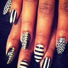38 whit and black nails designed stylepics