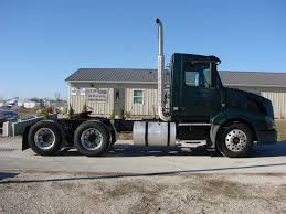 2010 volvo semi truck for sale volvo tandem axle daycab for sale 7011