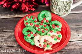christmas wreath cookies love pasta and a tool belt