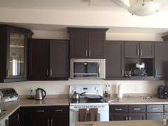 Rustoleum Kitchen Makeover - in january 2014 we completed refinishing our kitchen cabinets