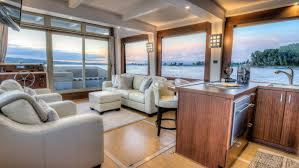 Power Boat Interiors Crossover Yachts Luxury Houseboat Cruising Trimaran