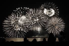 new year s celebrations live new year 2017 fireworks live where to the