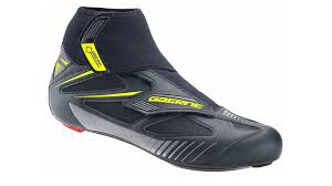 bike riding sneakers six of the best winter cycling shoes road cycling uk