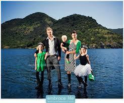 unique family photo shoot ideas unique family portrait by los
