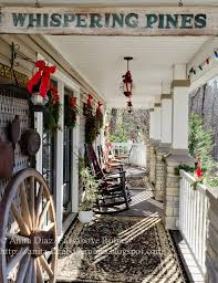 Country Christmas Decorations For Front Porch by Vintage Christmas Decorating Ideas For Your Porch