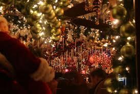 Rolfs Nyc Christmas German Restaurant In Nyc Transforms Into Christmas Wonderland