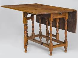Maple Drop Leaf Table William Tiger Maple Drop Leaf Table 18th Century