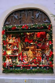 Decoration Christmas Store by Best 25 Christmas Store Ideas On Pinterest Christmas Store