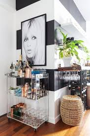 www apartmenttherapy com house tour a chef s small stylish brooklyn apartment apartment