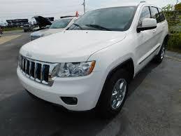 white jeep grand cherokee 2011 jeep grand cherokee abernathy motors