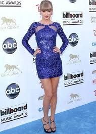 taylor swift style in white and blue