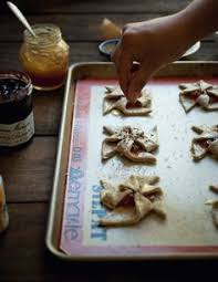 how to make jam pinwheel cookies chatelaine holiday cookies