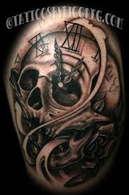 biggreg fun skull clock piece black and grey skull clock timepiece