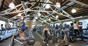 how to work out at chicago u0027s top gyms for free thrillist
