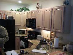 pickled oak cabinets has me in a pickle over wall color houzz