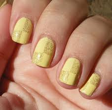 unlikely nail art hero sellotape beautie diy french manicure nail