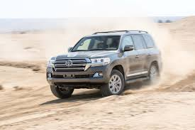 land cruiser car 2016 toyota land cruiser 2017 motor trend suv of the year contender