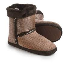 womens slipper boots size 11 s slippers average savings of 76 at trading post