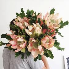 how to send flowers best sydney florists for sending flowers popsugar australia