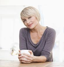 highlights for white hair on older women how can i cover my graying hair gray hair hair cuts and pixies