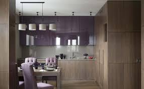 cuisine pourpre cuisine violette pour créer un intérieur plein de douceur et de