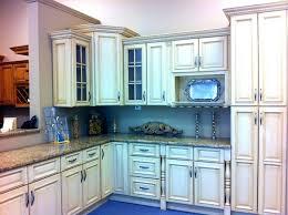 antique white glazed kitchen cabinets 49 exles stylish glazing kitchen cabinets white glazed antique