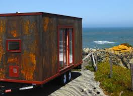 tumbleweed u0027s tiny popomo trailer is a rolling home that gathers no