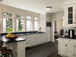 two tone kitchen cabinets with black countertops what is the best color combination for kitchen cabinets with