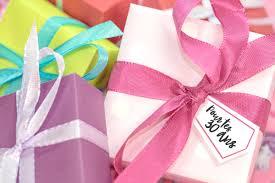 petits cadeaux anniversaire 30 idées de cadeaux pour une femme de 30 ans