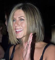 jennifer aniston hairstyle 2001 jennifer aniston looks thrilled with her new hair cut as she