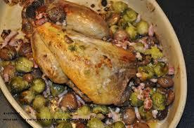 cuisiner une pintade au four pintade farcie aux noix choux de bruxelles aux lardons cuisine de