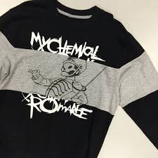 parade merchandise 1659 best band merch images on band merch hot topic