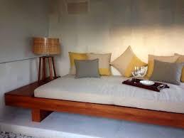 Best 25 Japanese Bed Ideas On Pinterest Japanese Bedroom by The 25 Best Japanese Living Rooms Ideas On Pinterest