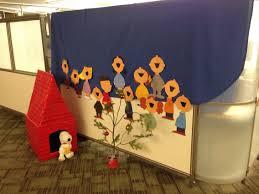 peanuts christmas cubicle decorating idea x mas pinterest