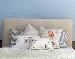 how to place throw pillows on a bed pillow talk what does your pillow arranging style say about you