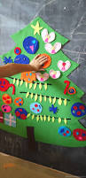 easy to make diy felt christmas tree activity for kids felt